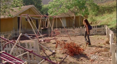 Kate in Others deserted playground 6x03 What Kate Does